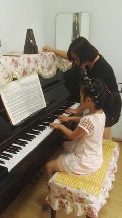钢琴教学1_副本.jpg